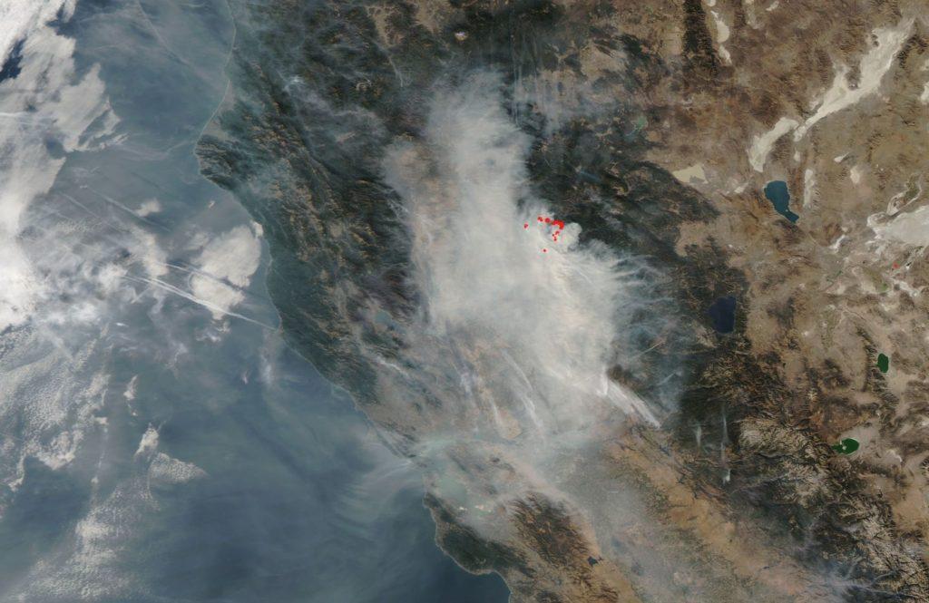 Пожар из-за Санта Анны