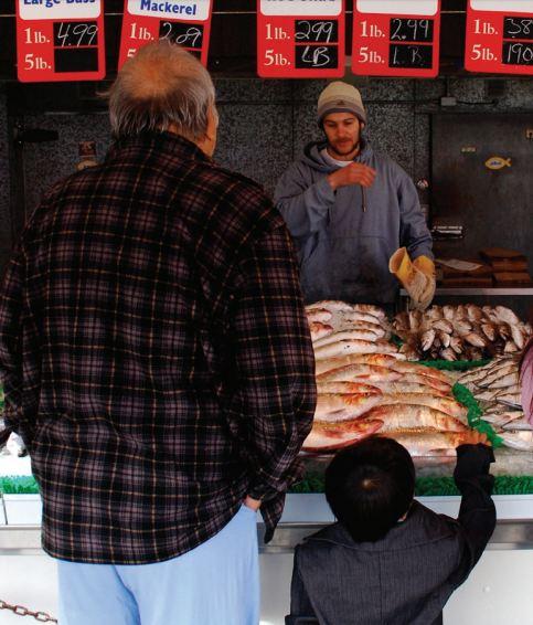 На рынке морепродуктов