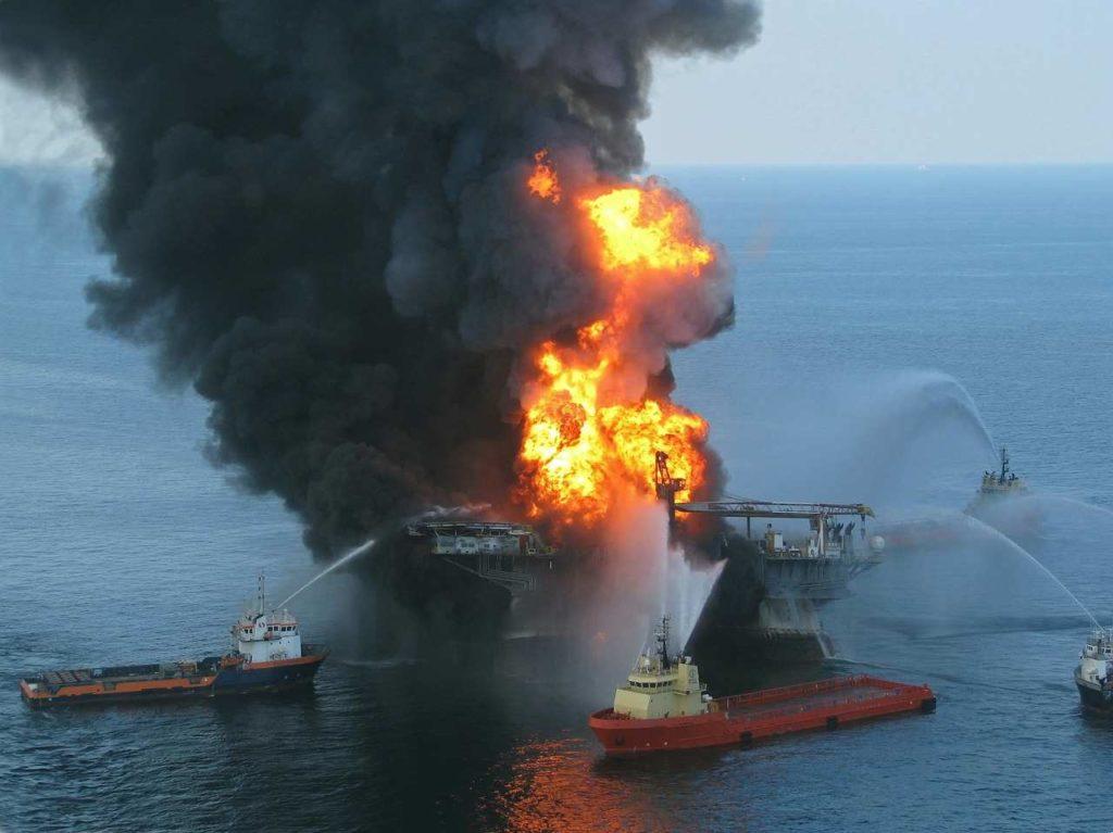 Взрыв нефти