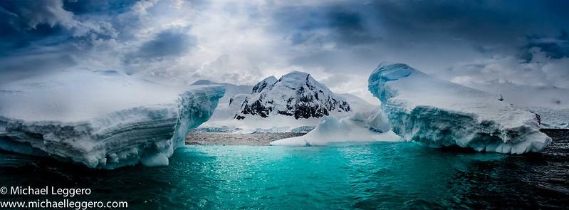 Остров Полумесяца. Южные Шетландские острова