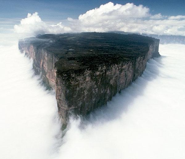 Рорайма - остров среди облаков