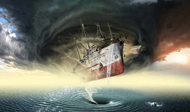 Аномалии на море